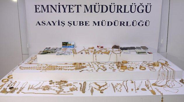Suriyeli ailenin altınlarını çalan hırsızlar yakayı ele verdi