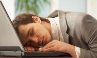 'İnternet ve sosyal medya uyku süresini kısalttı'